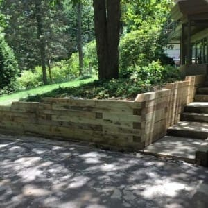 deck and retaining wall designers